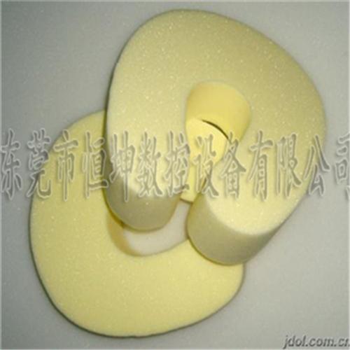 U型枕头的切割  数控切割机