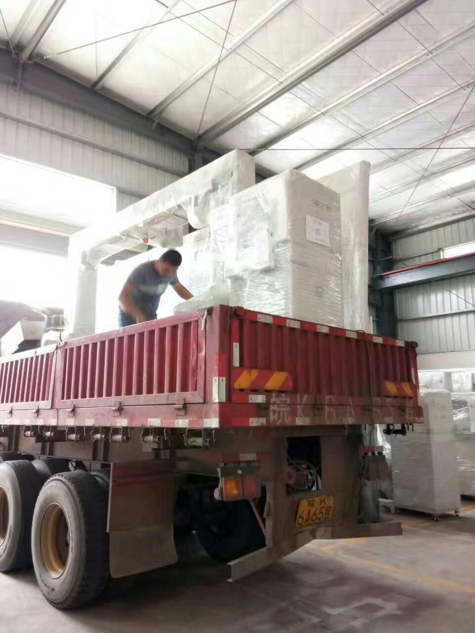 聚氨酯异形海绵切割机 发货苏州 切割机 泡棉加工机器